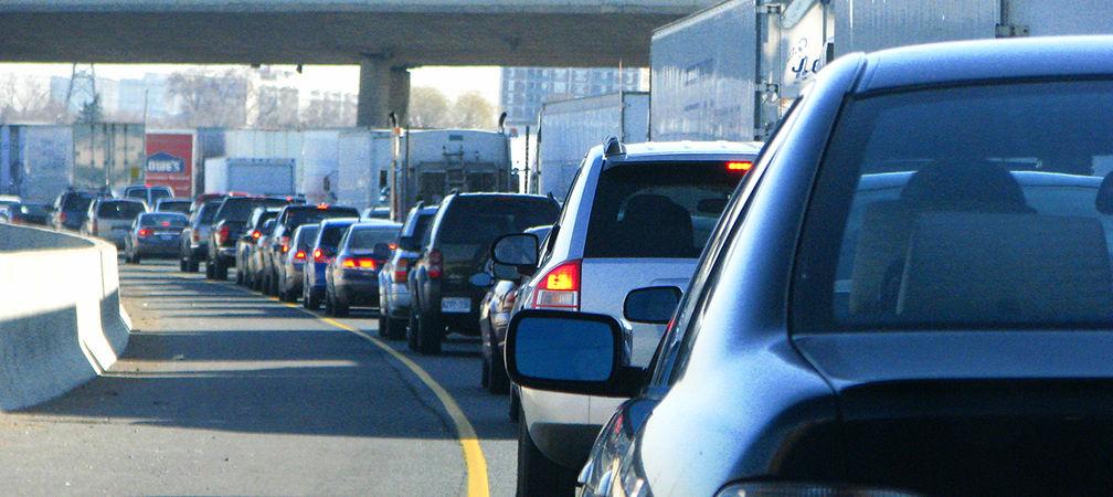 Highway 401, heavy traffic